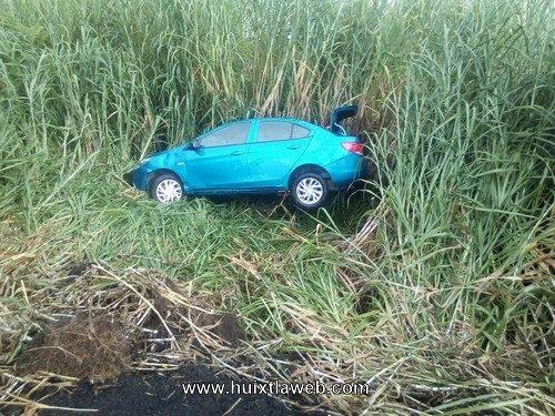 Se accidenta vehículo Villa Comaltitlán Huixtla