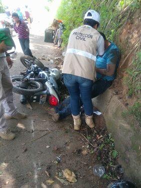 Motociclista Tuzanteco arrolla a vendedora de rambután en Huehuetán