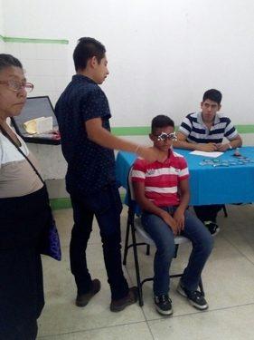 """Realizan valoraciones optométricas de la campaña """"Salud Visual 2018"""" en Tuzantán"""