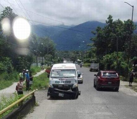 Colectivo choca contra una vaca carretera al ingenio