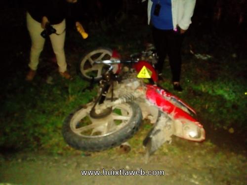 Grave motociclista Huehueteco al ser atropellado
