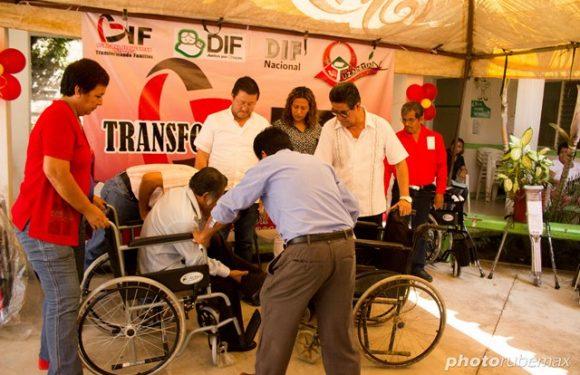 Silla de Ruedas para mayores de 60 años en Tuzantán