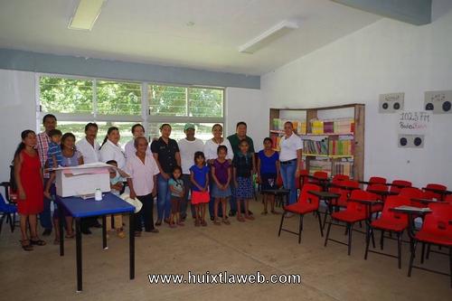 Inauguran aula didáctica ranchería Benito Juárez de Comaltitlán