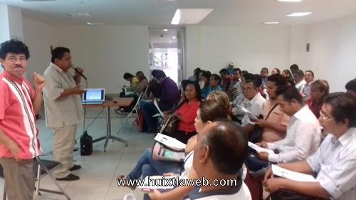 Magisterio preparándose para aplicar, proyecto educativo- alternativo