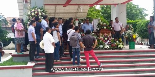 Lamenta alcalde muerte de ex director de la marimba municipal de Tuzantán
