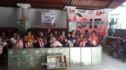 Madres de recién nacidos reciben programa capullitos en Tuzantán