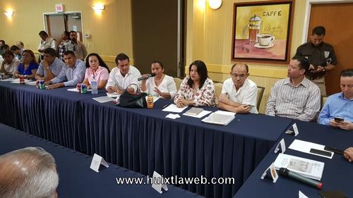 Alcalde de Huixtla asiste a reunión con gobernador, para presentar programa de apoyo humanitario a migrantes