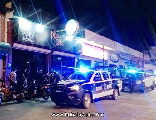 Clausuran bares y cantinas en Huixtla
