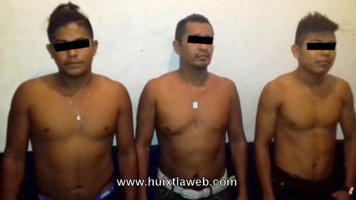 Tuzantecos detenidos por sospechosos en Huixtla