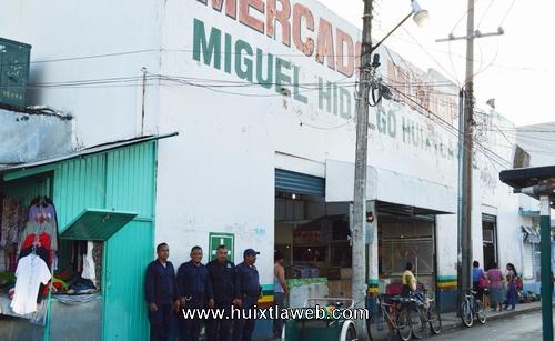 Gobierno municipal limpia mercado Miguel Hidalgo