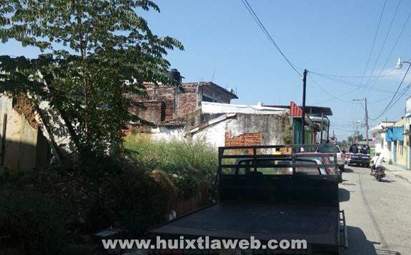 De alto riesgo patio abandonado frente a la casa de la cultura en Huixtla