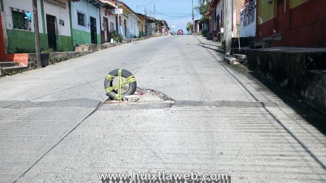 Se hunden las calles de Huixtla