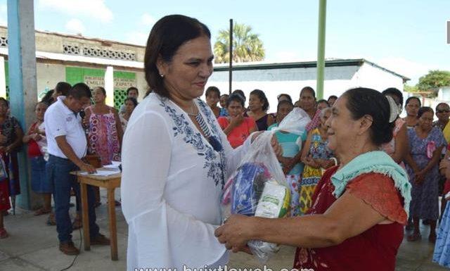DIF municipal continua entregando apoyo a los adultos mayores