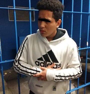 Sujeto que apuñaleo a taxista liberado por policías de ser linchado en Motozintla