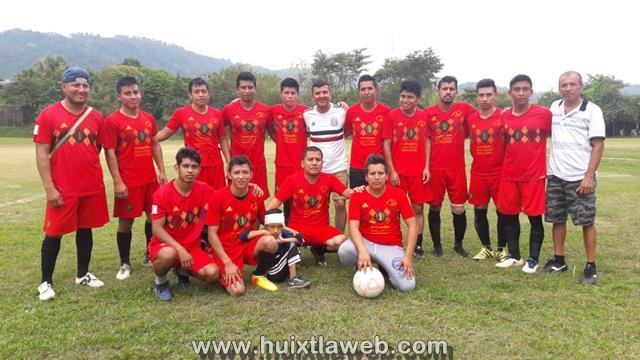 Zapatería Dos hermanos se corona campeón de futbol en Tuzantán