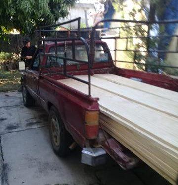 Detienen vehículo que transportaba madera en Huixtla