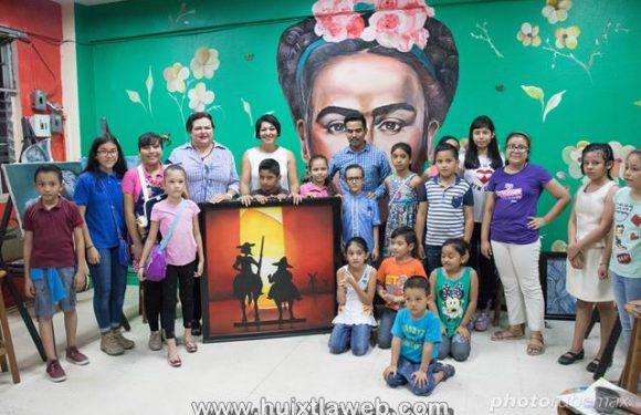 Huixtlecos piden a la Diputada Olvita rescatar casa de la cultura
