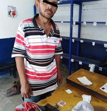 Tuzanteco detenido con droga en Huixtla