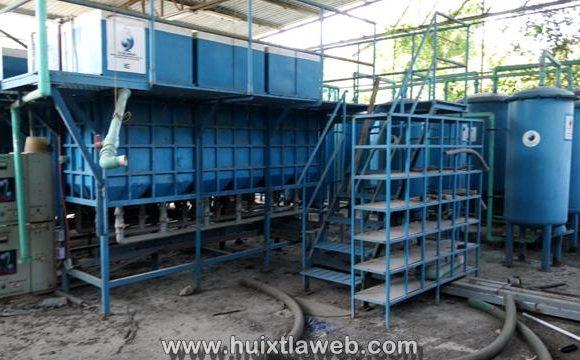 Ladrones desmantelan planta de tratamiento de Huixtla