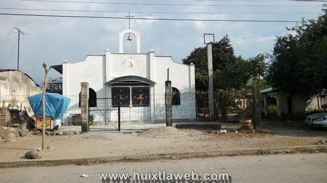 Desmantelan iglesia católica en Huixtla