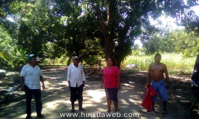 Se inundan familias Comaltitlecas por aguas negras
