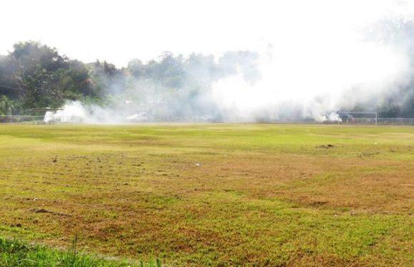 Alcalde corre con humo a deportistas de Tuzantán