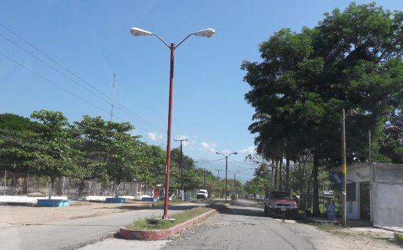 Transportistas de colectivos no cubren ruta a poblado Monte Negro