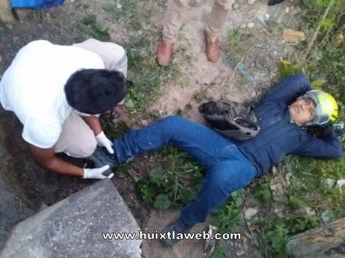 Motociclistas choca contra fantasma al derrapar en carretera Huixtla a Villa Comaltitlán