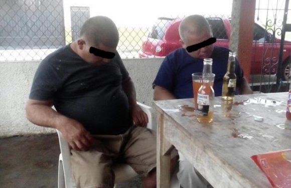 Esposo de alcaldesa de Huehuetán fomenta el alcoholismo