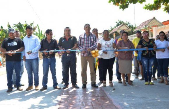 Inaugura alcalde de Mazatán drenaje y pavimentación de calle Los Mangos en el Barrio San José