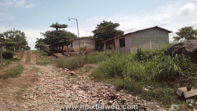 Piden municipalizar el servicio de agua entubada en Tuzantán