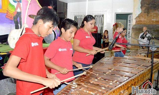 Participa Centro Cultural De Huixtla en las festividades del Barrio San José