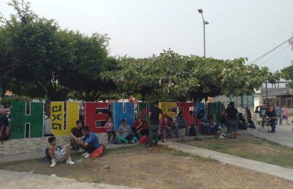Pernoctan en Huehuetán caravana de centro americanos