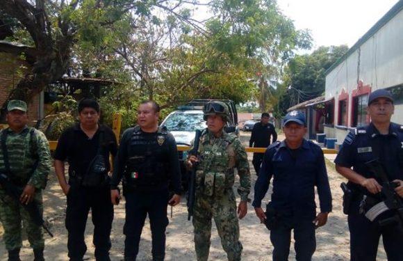 Policías municipales y el ejército refuerzan operativos en Huixtla