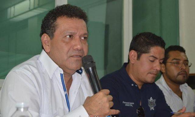 Alcalde de Huixtla, José Luis Laparra Calderón se reúne con sindicatos de tricicleros