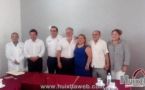 Alejandro Encinas, se reúne con presidentes municipales de la zona frontera-soconusco