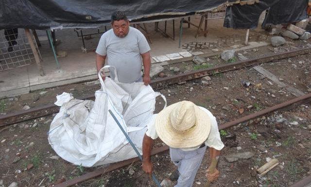Parques y jardines del gobierno de Huixtla realizó acciones de limpieza