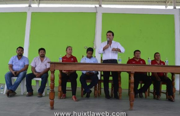 Gobierno de Huixtla proporcionó 300 camiones de grava a localidades de Huixtla