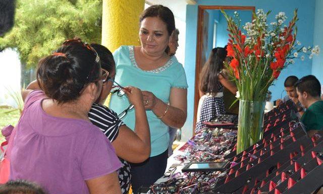 DIF Huixtla lleva a cabo la segunda campaña de salud visual