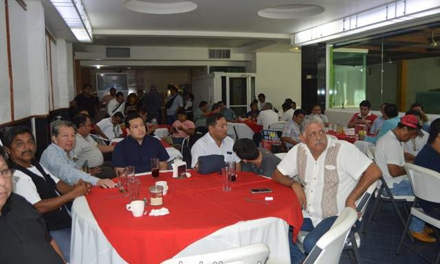 José Luis Laparra Calderón celebra a periodistas y medios de la región