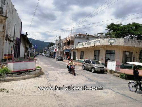 Aumentan robos en comercios en Huixtla