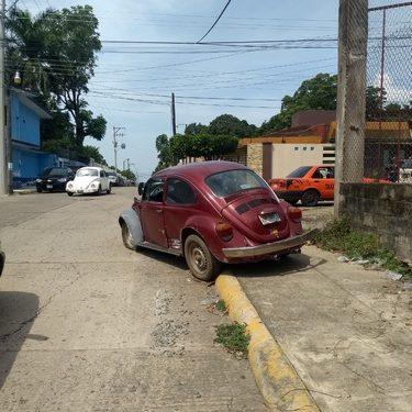 Bocho choca contra colectivo en Huixtla
