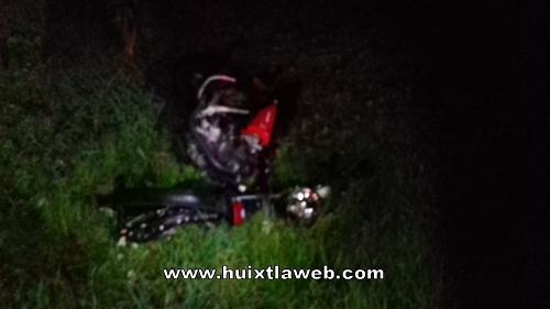 Muere motociclista en accidente de carretera