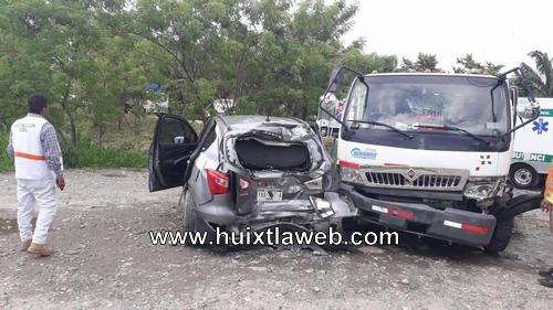 Grave operador de barredora en accidente carretero en villa Comaltitlán