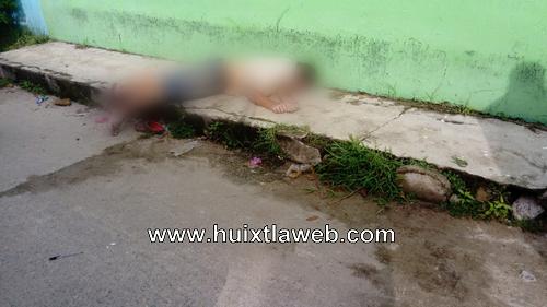 Localizan una persona muerta en calle de Huixtla