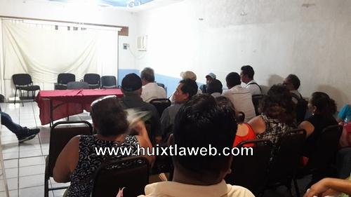 Bajo presión autoridades ejidales obligan al alcalde de Tuzantán a cumplirle a su pueblo