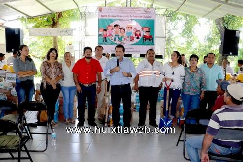 Toman protesta comités de protección civil comunitarios en Huixtla
