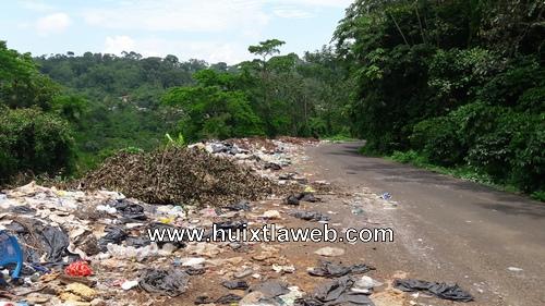 Basurero clandestino carretera a Carrillo Puerto en Tapachula