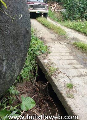 Se colapsan caminos de zona cafetalera de Huixtla