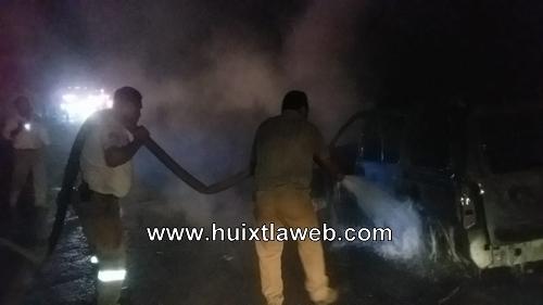 Se incendia vehículo carretera Huixtla a Villa Comaltitlán